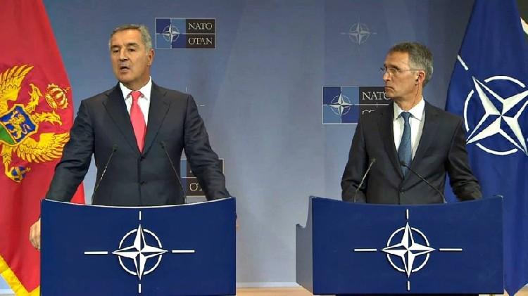Премьер Черногории Джуканович и генсек НАТО Столтенберг (слева направо). Фото: Rtcg.me